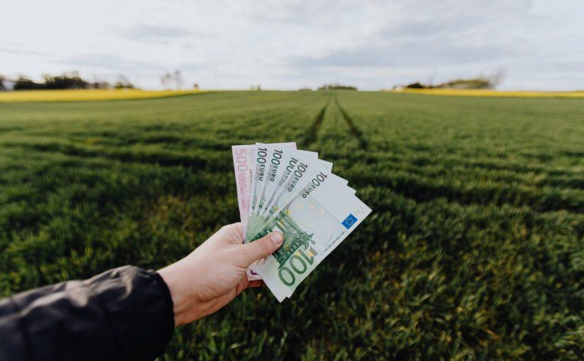 Guadagnare uno stipendio fisso grazie al trading online? Scopri com'è possibile